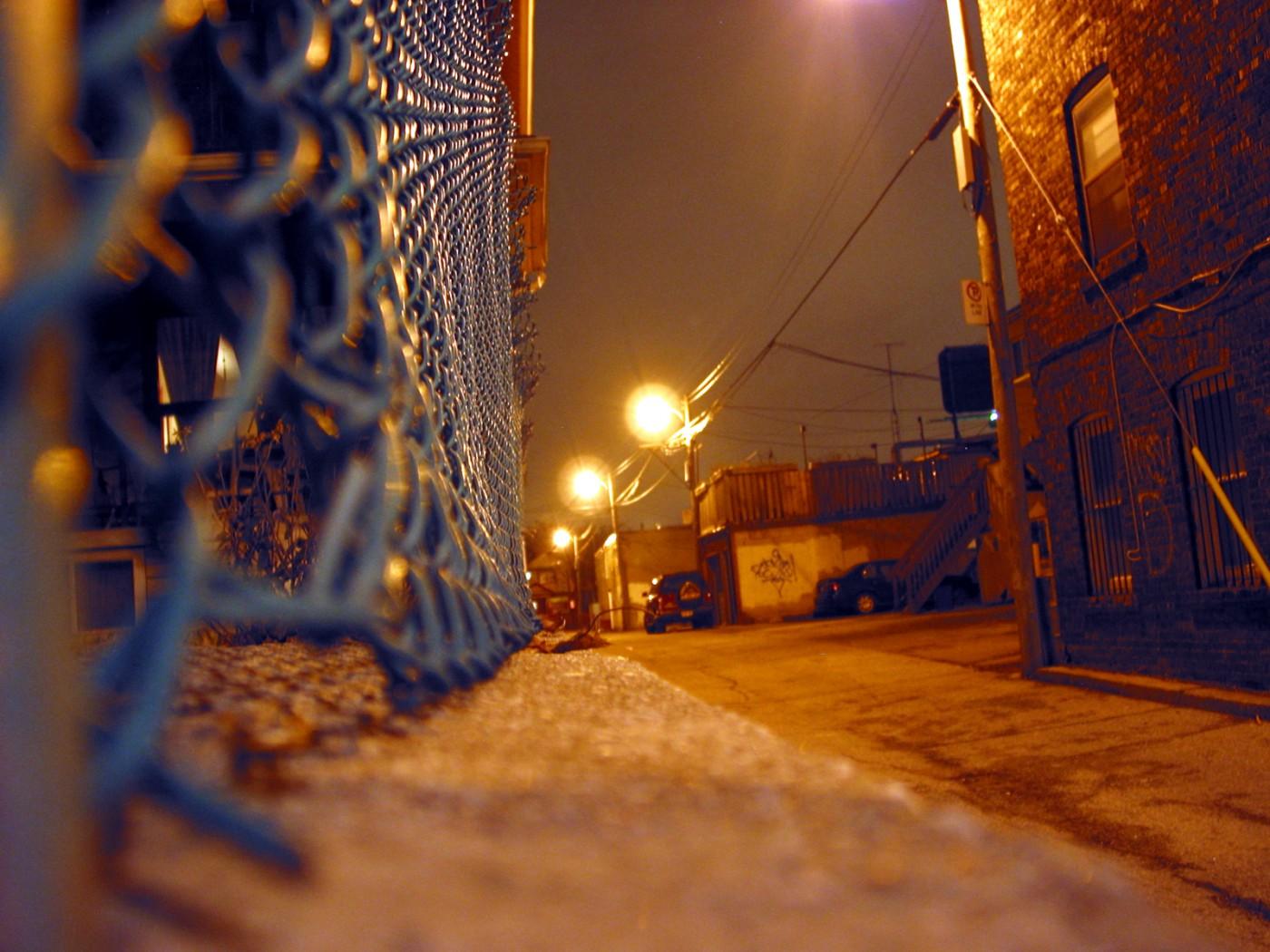 Sandro Loschiavo, </span><span><em>Dark Alley, 2006</em>, </span><span>Digitial Print  8x10