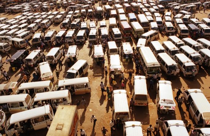 Simon Willms, </span><span><em>Kampala, Uganda,  2005</em>, </span><span>traditional c-print, 48 x36