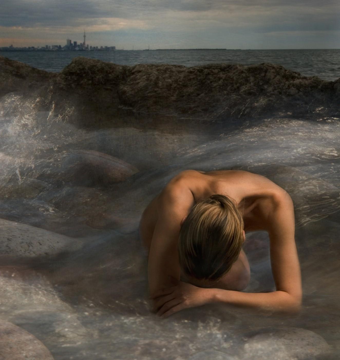 Miriana Mitrovich, </span><span><em>Toronto Skyline 2006</em>, </span><span>GClay Print 12X13