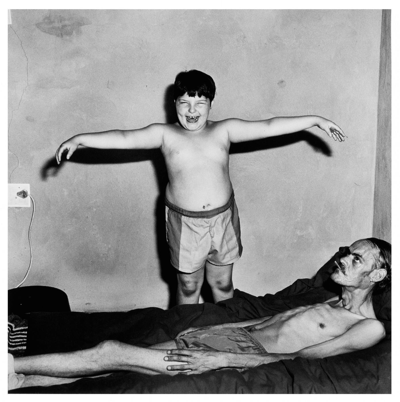 Roger Ballen, </span><span><em>Sickroom, 2000</em>