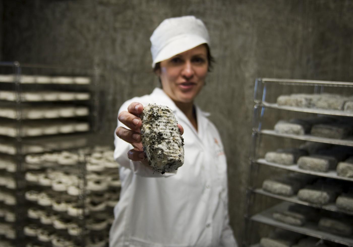 Molly Crealock, </span><span><em>Petra Cooper, Fifth Town Artisan Cheese, 2008</em>, </span><span>Giclee Print, 13x19