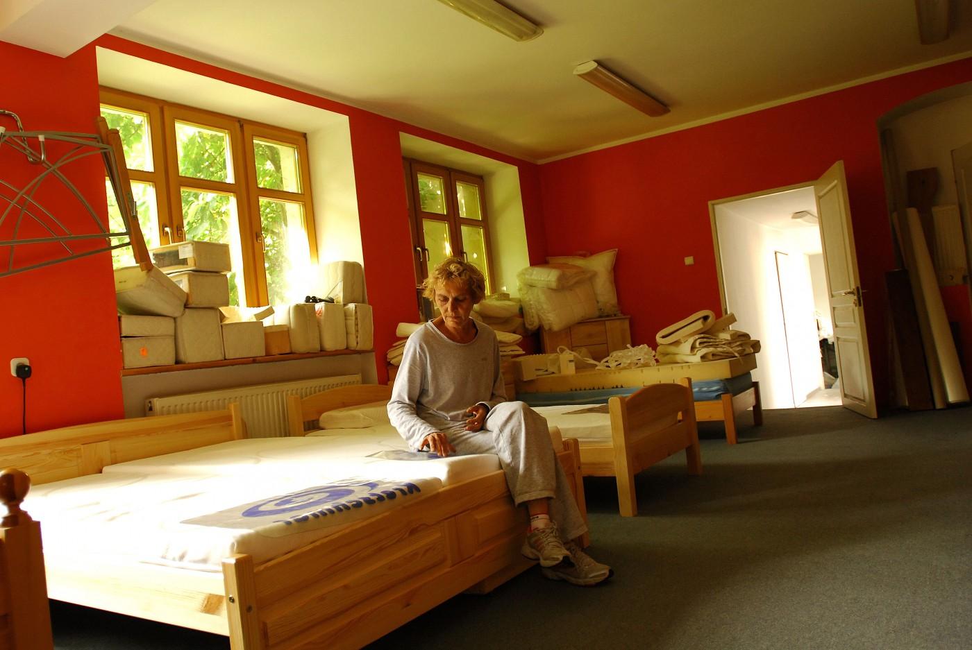 Maria Bejmowicz-Szemplinska, </span><span><em>Sister, 2008</em>, </span><span>photograph 11x14