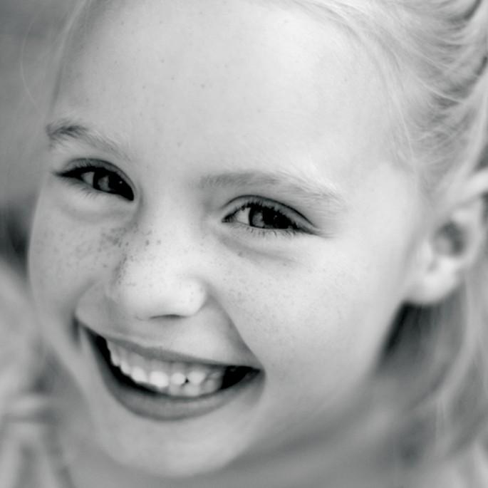 Tracy Stamatakos, </span><span><em>Untitled Smile, 2009</em>