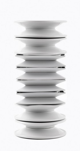 Susana Reisman, </span><span><em>Endless Column (after Constantin Brancusi)</em>, </span><span>2007/2010 Courtesy of Peak Gallery