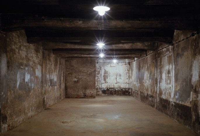 Carlos &amp;amp; Jason Sanchez, </span><span><em>Gas Chamber No. 1</em>, </span><span>2008 Courtesy of Nicholas Metivier Gallery