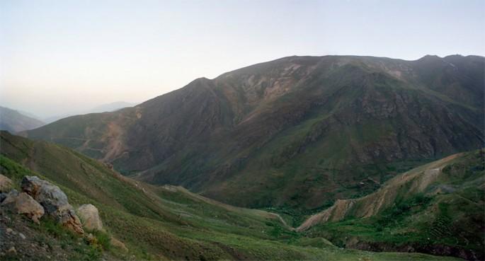 Aydin Matlabi, </span><span><em>Landscape</em>, </span><span>2009