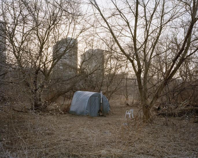 Surendra Lawoti, </span><span><em>Shelter 18 from the series Don River</em>, </span><span>2009