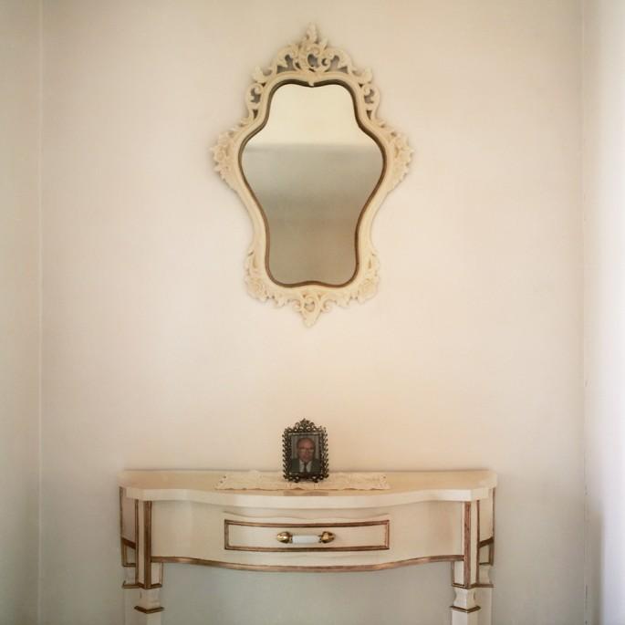 Jade Lee Portelli, </span><span><em>Hallway</em>, </span><span>2011