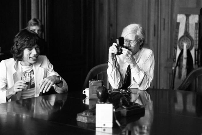 Ken Regan, </span><span><em>Mick and Andy Warhol at the Factory</em>, </span><span>October, 1977