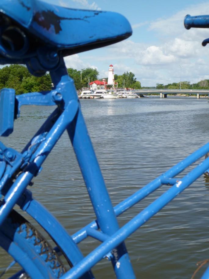 Lisa Tuckwell, </span><span><em>Bike</em>, </span><span>2011