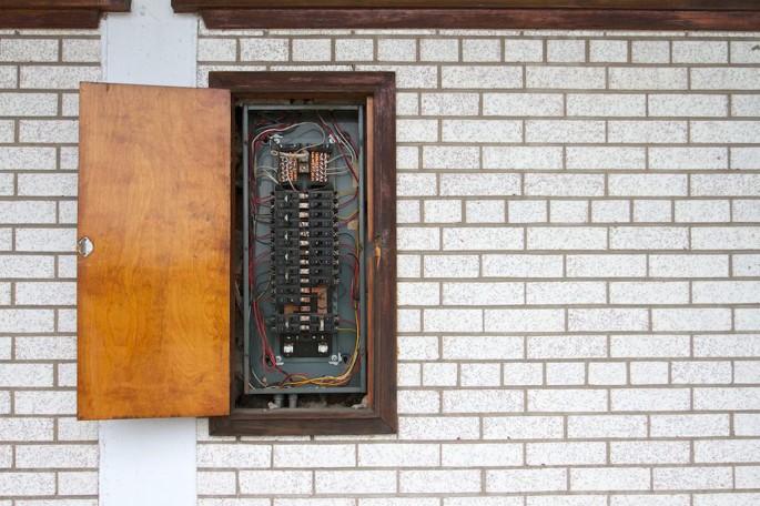 Oliver Pauk, </span><span><em>Beach Motel #4</em>, </span><span>2011