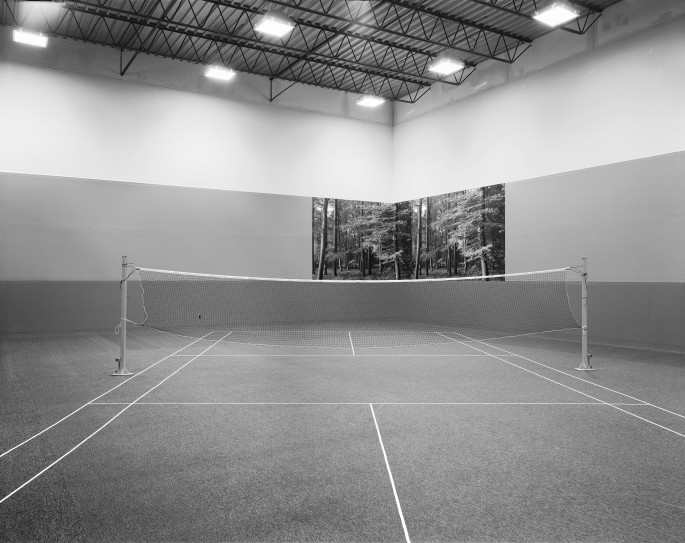Lynne Cohen, </span><span><em>Racquet Club</em>, </span><span>c. 1981/86 Private Collection