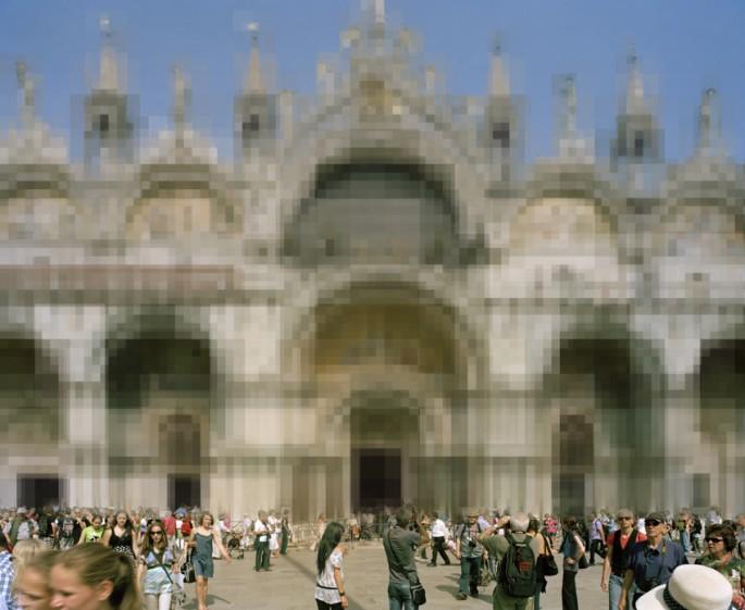 Mark Kasumovic, </span><span><em>Pixel World #12 - Venice</em>, </span><span>2011