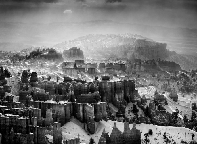 Sebastião Salgado, </span><span><em>Bryce Canyon National Park during a snowstorm. Utah. USA</em>, </span><span>2010 Courtesy of Amazonas Images