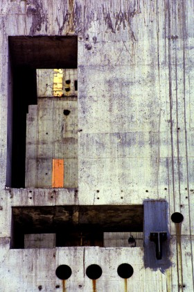 Evan Steingarten, </span><span><em>Incomplete Exterior 1</em>, </span><span>2007