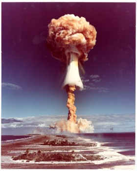 Commissariat  lnergie atomique DAM (French) , </span><span><em>Atomic trial on Mururoa atoll, Tahiti</em>, </span><span>1970 Courtesy of Archive of Modern Conflict, London