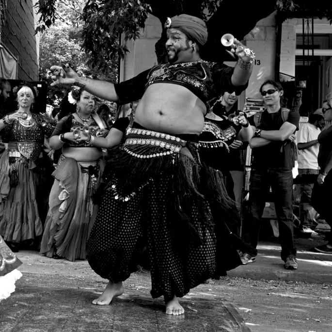 Matthew Kudelka, </span><span><em>Dancers 752</em>, </span><span>2013
