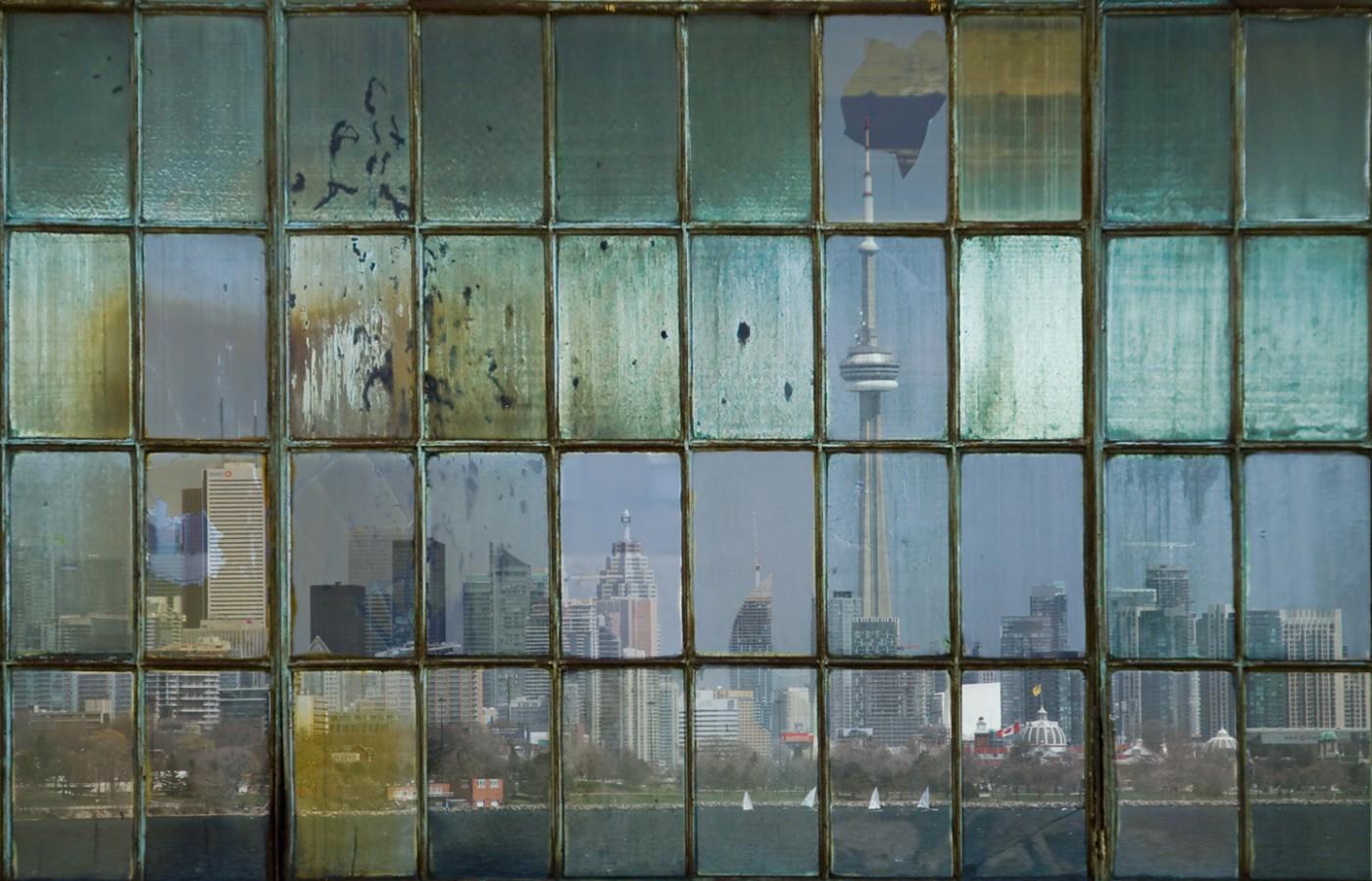 Michael Toole, </span><span><em>Toronto Skyline V</em>, </span><span>2013