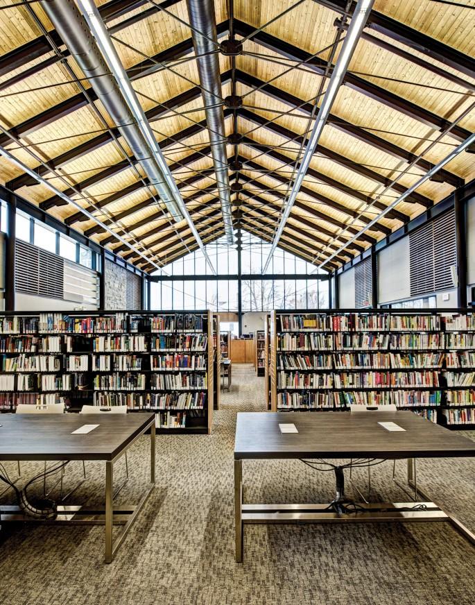 Elaine Chan-Dow, </span><span><em>Libraria, 9. Brooklyn</em>, </span><span>2012