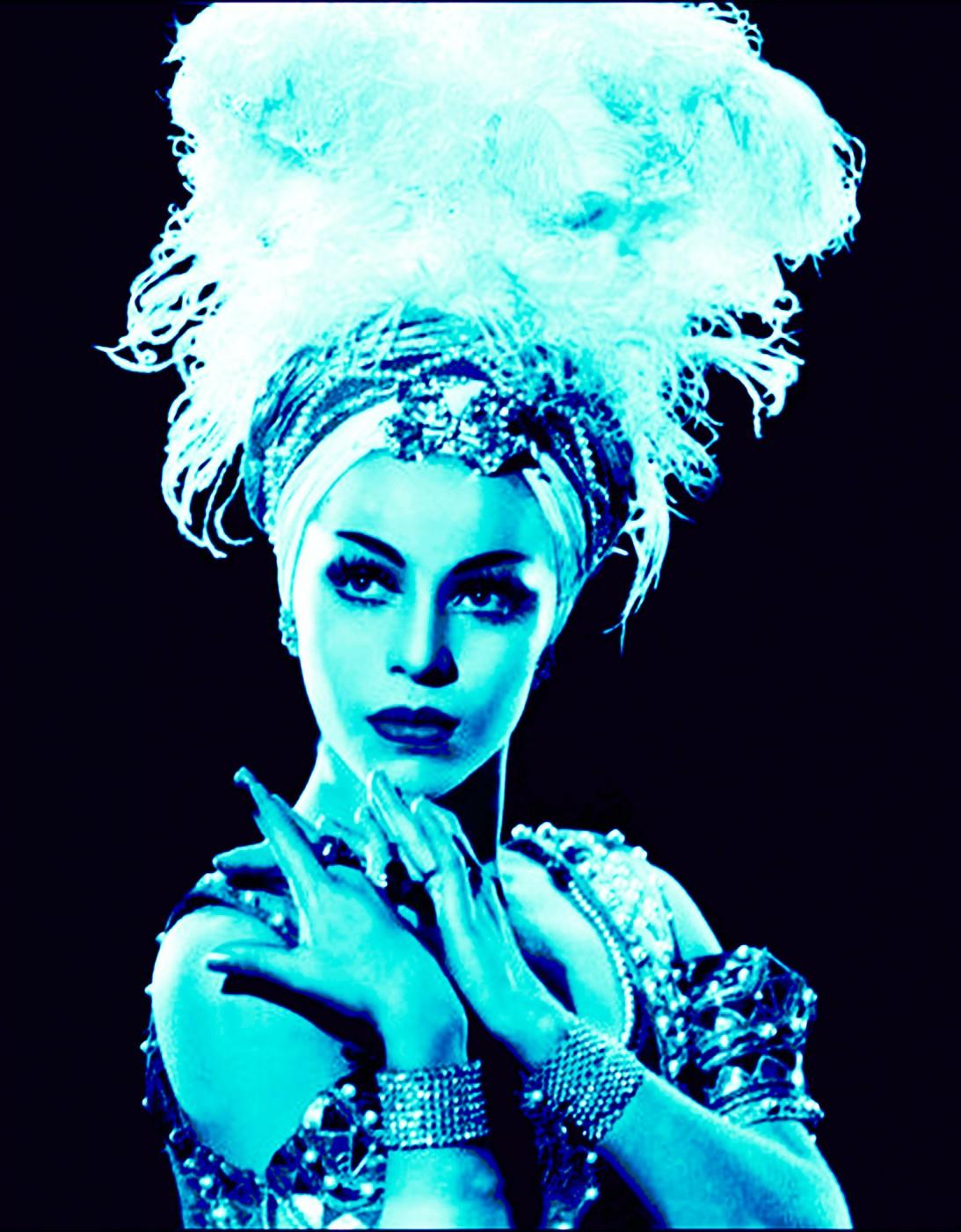 Dana Claxton, </span><span><em>Maria Tallchief in Turquoise</em>, </span><span>2013