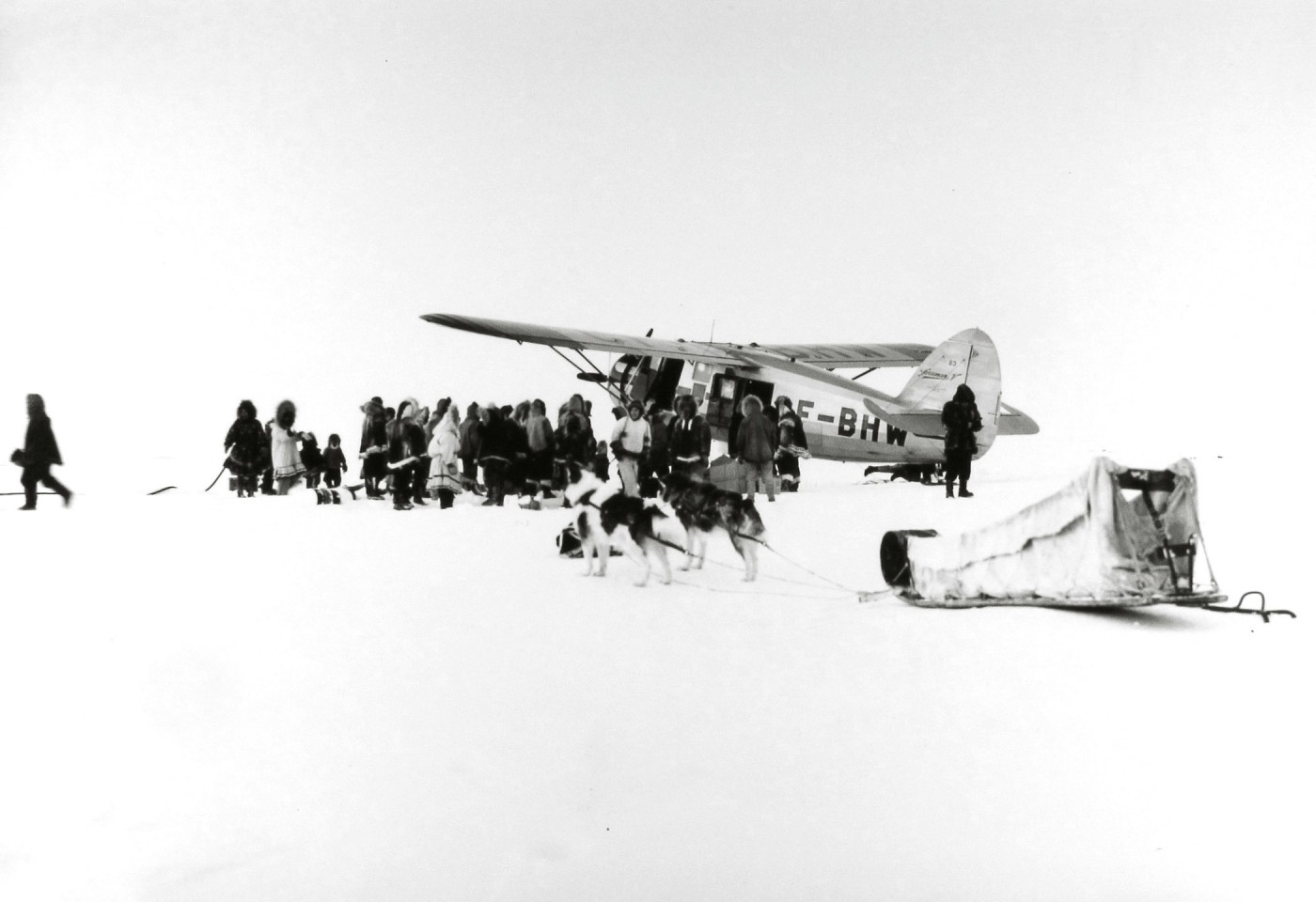 Richard Harrington, </span><span><em>A &quot;Norseman&quot; plane arrives in dim arctic light, Coppermine, NWT</em>, </span><span>1949 © Estate of Richard Harrington / Courtesy of Stephen Bulger Gallery