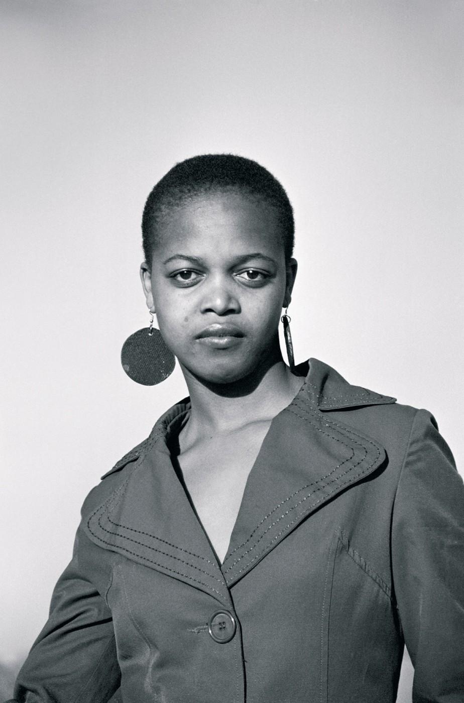 Zanele Muholi, </span><span><em>Nosi 'Ginga' Marumo, Yeoville, Johannesburg</em>, </span><span>2007 © Zanele Muholi and Stevenson Cape Town/Johannesburg