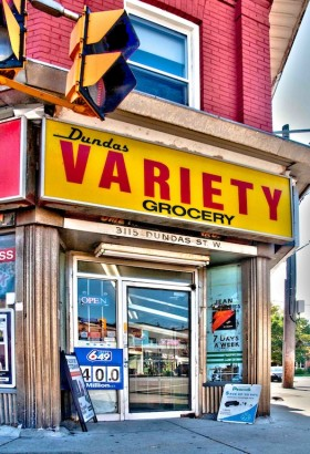 Moe Laverty, </span><span><em>Dundas Variety Grocery</em>, </span><span>2013