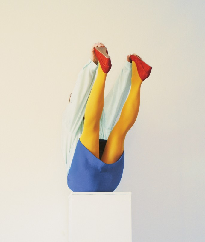Isabelle Wenzel, </span><span><em>Red, Yellow, Blue 5</em>, </span><span>2015 Courtesy of the artist