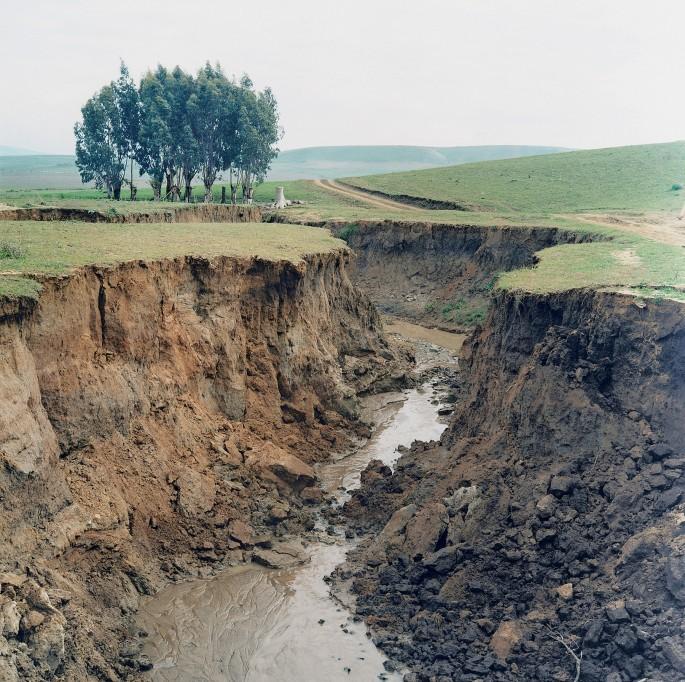 Yto Barrada, </span><span><em>Landslip, Cromlech de m'Zora, from The Strait Project</em>, </span><span>2001 Courtesy Galerie Polaris
