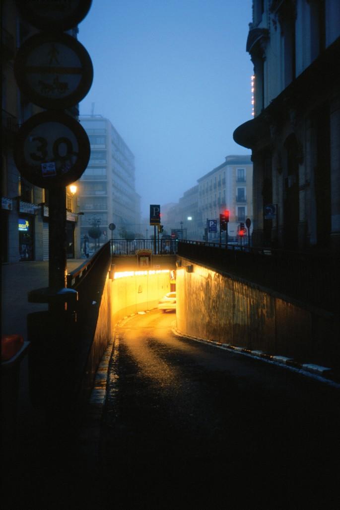 Pablo Pérez-Mínguez, </span><span><em>Underground Night</em>, </span><span>2001 Courtesy of VEGAP