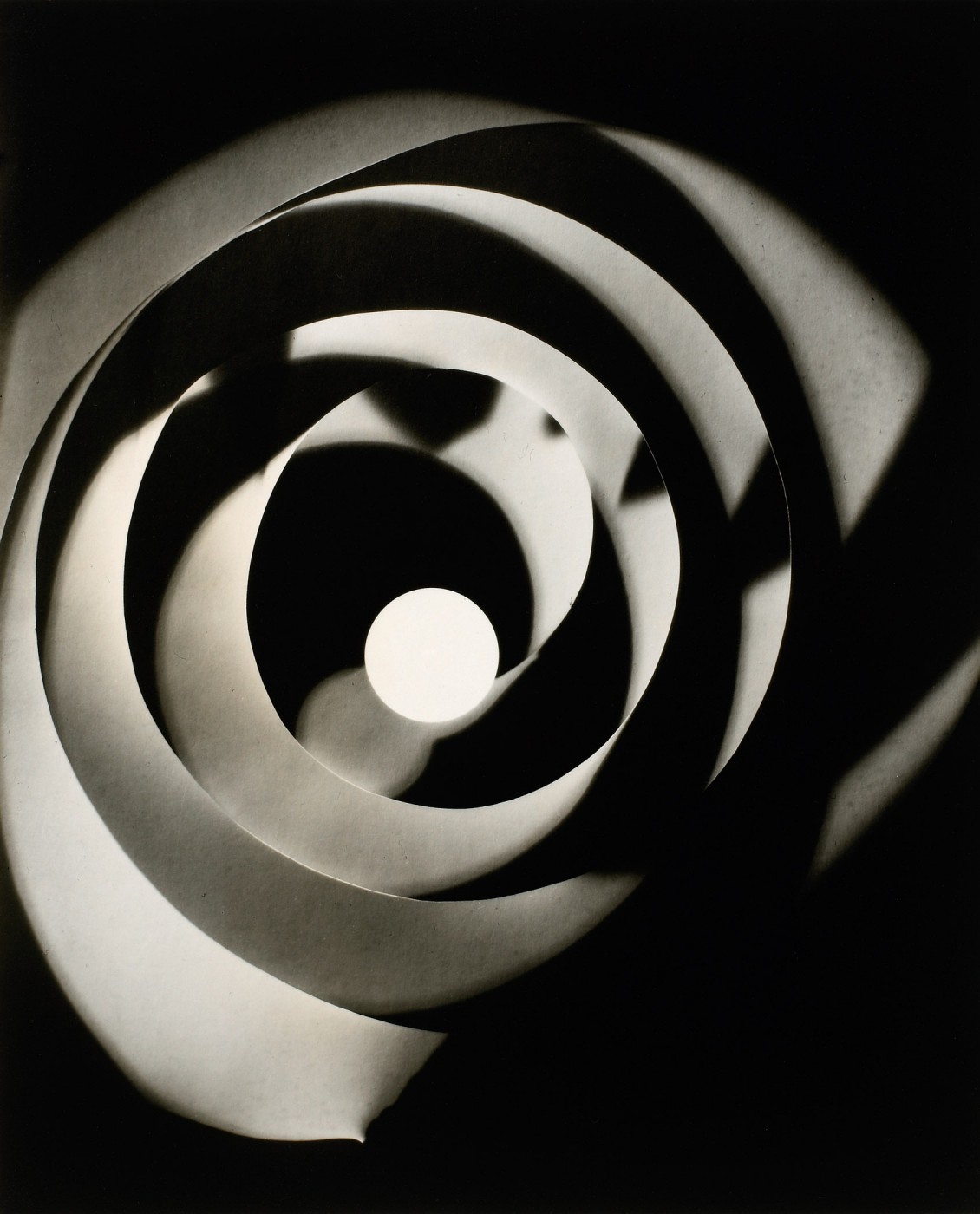 Man Ray, </span><span><em>Untitled</em>, </span><span>c. 1921–1928, printed. 1963 National Gallery of Canada, Ottawa