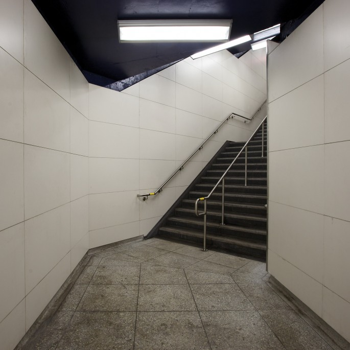 Chris Shepherd, </span><span><em>Pape Station Platform Level Stairwell Toronto</em>, </span><span>2014 Courtesy of Bau-Xi Photo