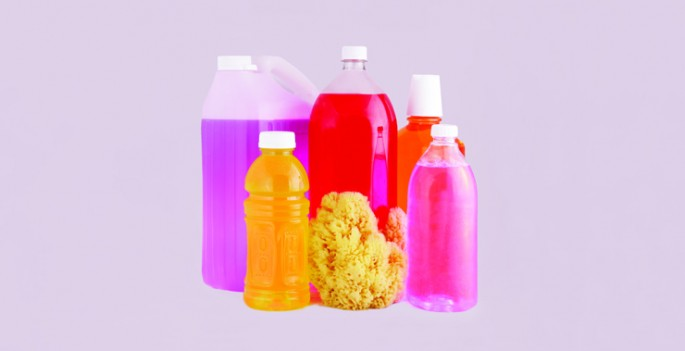 Jimmy Limit, </span><span><em>Bottles and Sea Sponge with Pink</em>, </span><span>2014 Courtesy of the artist and Clint Roenisch Gallery