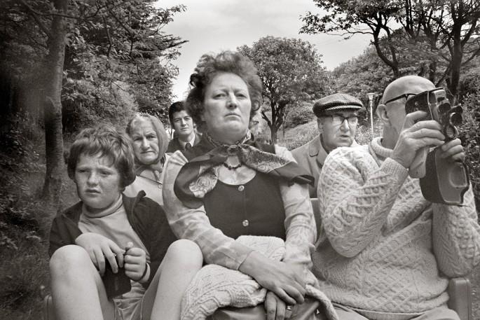 Tony Bock, </span><span><em>Train Passengers, Scarborough, Yorkshire</em>, </span><span>1973