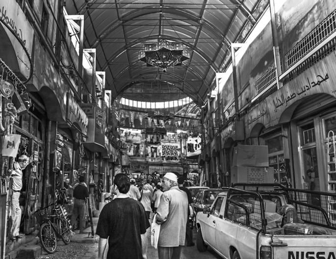Maha Munaf, </span><span><em>Damascus #2</em>, </span><span>2006