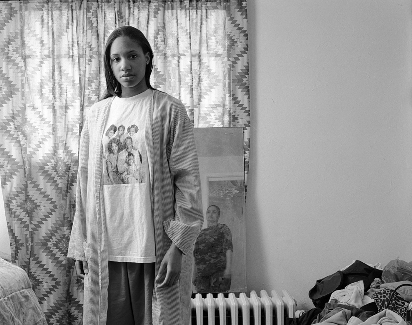 LaToya Ruby Frazier, </span><span><em>Huxtables, Mom and Me</em>, </span><span>2008. Gelatin silver print, 24 x 28&quot;. Courtesy of the artist and Michel Rein, Paris/Brussels. Dr Kenneth Montague/The Wedge Collection.