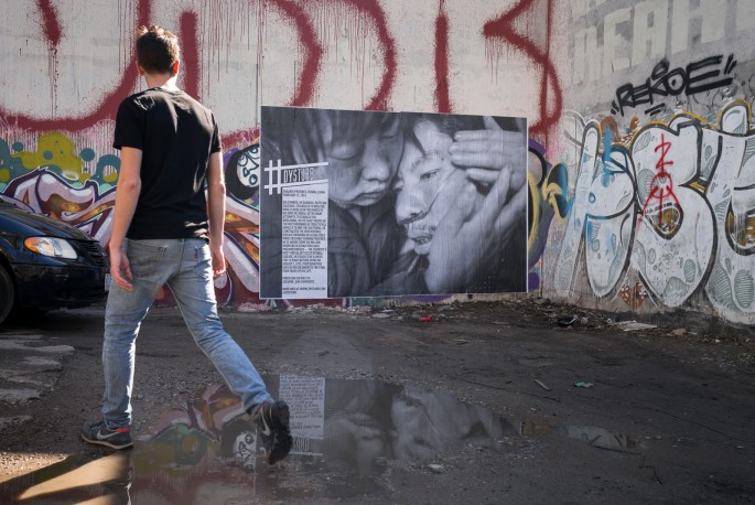 A photograph by Sim Chi Yin installed at 173 R Baldwin Street, Toronto. , </span><span><em>Photo: Benjamin Petit</em>