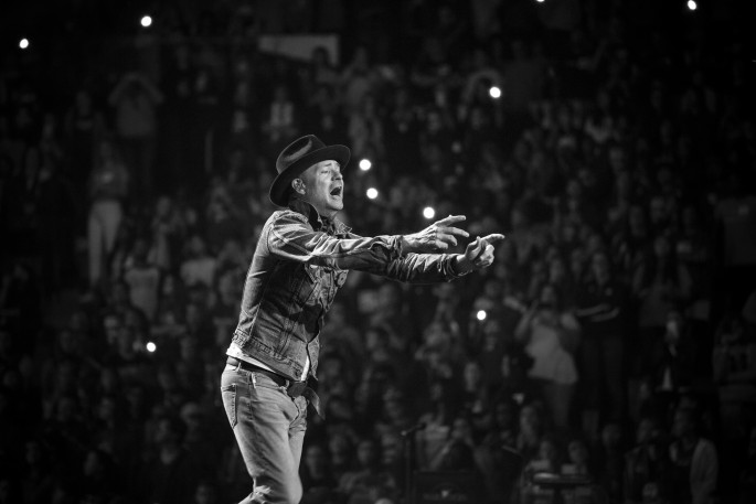 Ryan Bolton, </span><span><em>The Tragically Hip</em>, </span><span>2016
