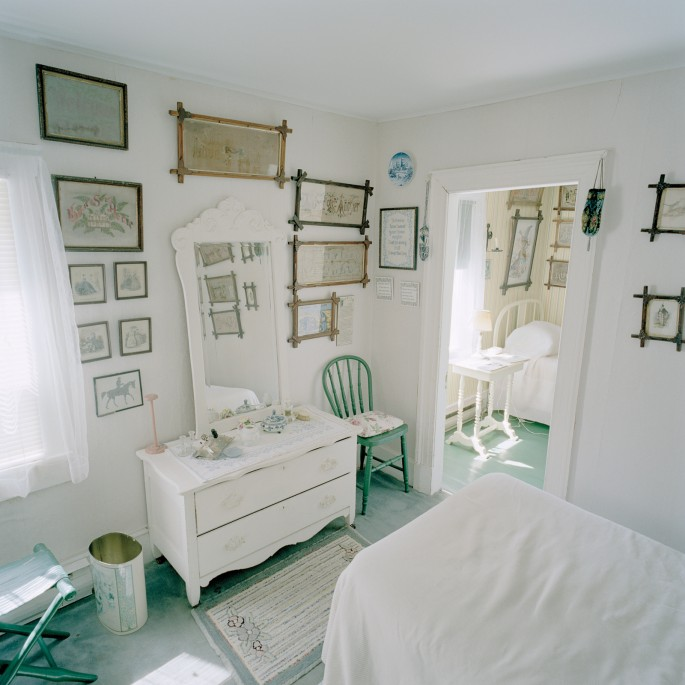 Katherine Knight, </span><span><em>Bedroom</em>, </span><span>from the Caribou Mottos Series, 2006.