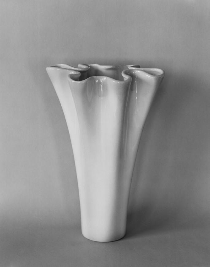 Celia Perrin Sidarous, </span><span><em>A vessel</em>, </span><span>2017. Inkjet print on matte paper, 45 x 35.5&quot;. Courtesy of the artist and Parisian Laundry, Montréal.