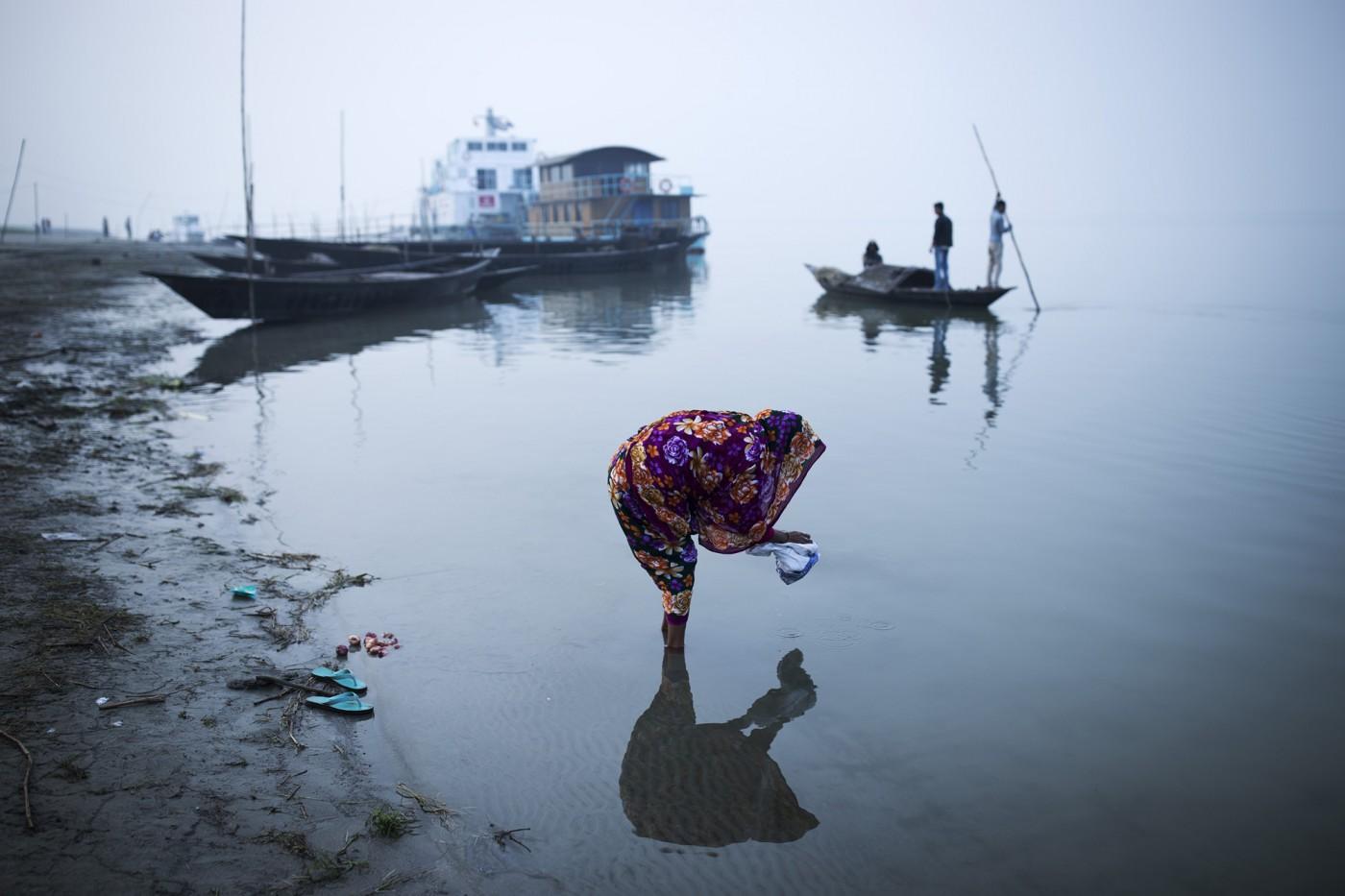 Melissa Renwick , </span><span><em>Brahmaputra River, northern Bangladesh</em>, </span><span>2016