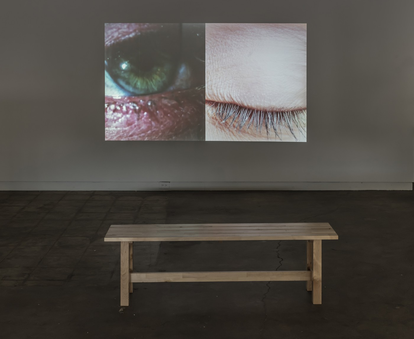 Installation view of Robin Cameron, </span><span><em>Right Now</em>, </span><span>photo by Toni Hafkenscheid.