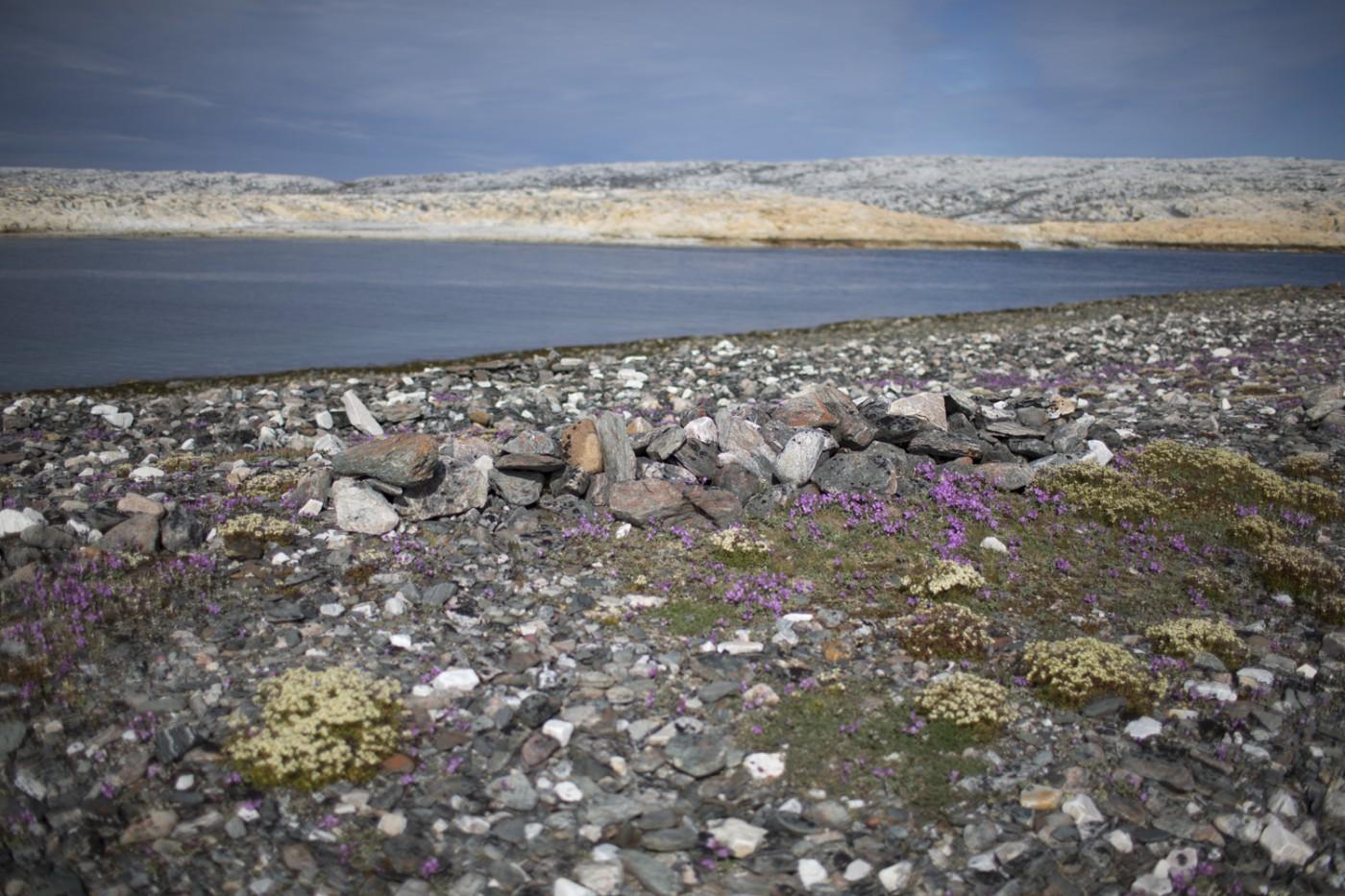 Johan Hallberg-Campbell, </span><span><em>Marble Island, Dead Man's Island, Nunavut</em>, </span><span>2014. Courtesy of the artist.