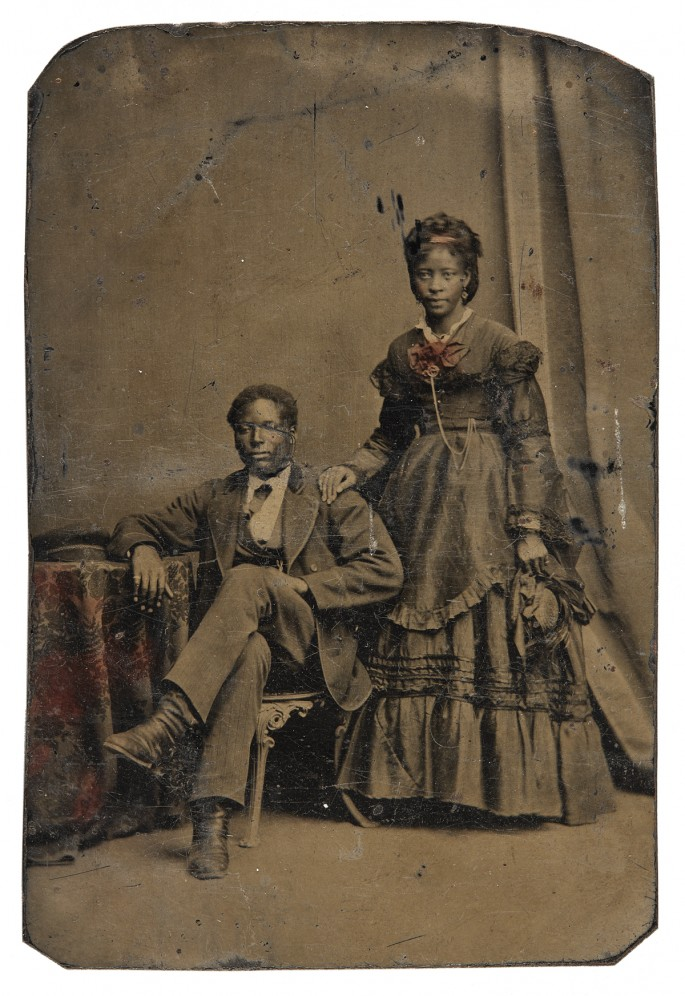 "Unknown photographer, </span><span><em>Unidentified couple</em>, </span><span>1860-1880. Tintype, 3.5x2.5"". Richard Bell Family Fonds, Brock University Archives. Courtesy of Brock University Archives. © 2017 Art Gallery of Ontario."